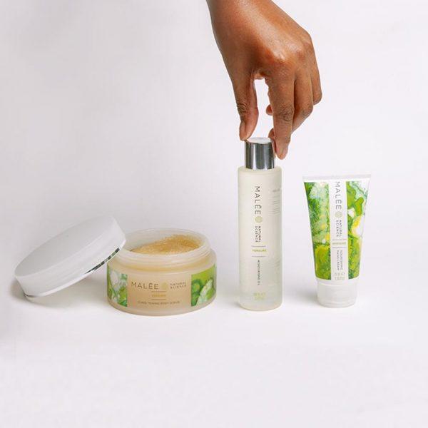 Malée Natural Science - Glow Recipe Kit - Scrub, moisturising oil and nourishing hand cream