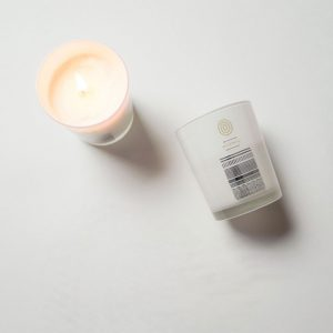 Malée Natural Science Peppersage luxury soy candle massage moisturise scent candle